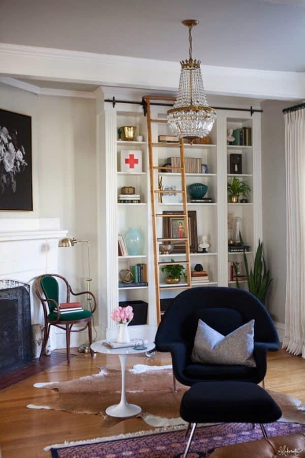 Built-In Bookshelves Ikea Hack