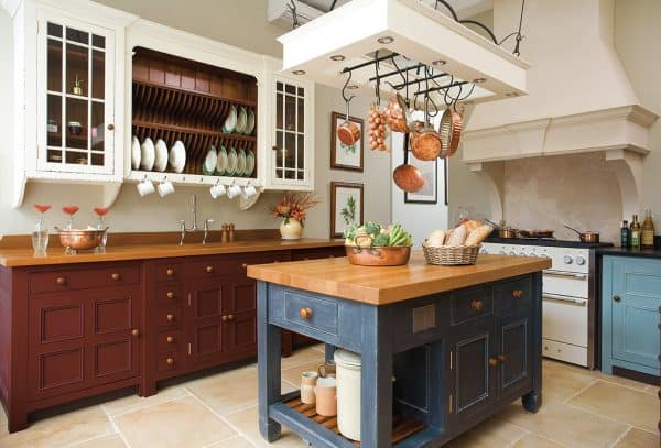 Modern Farmhouse Kitchen Hanging Pots and Pans
