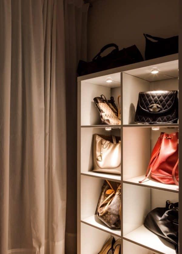 Handbag Display Hack