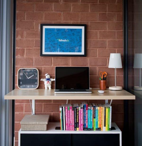 Ikea LINNMON Wall Mounted Standing Desk Hack
