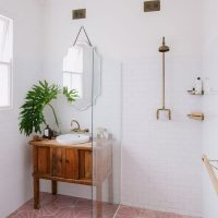 Small Bathroom Ideas Splash of Pink